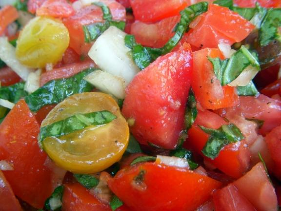 Denine Tomato Cruda