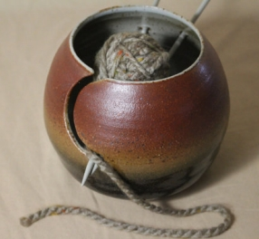 arts-pots-yarn-bowl