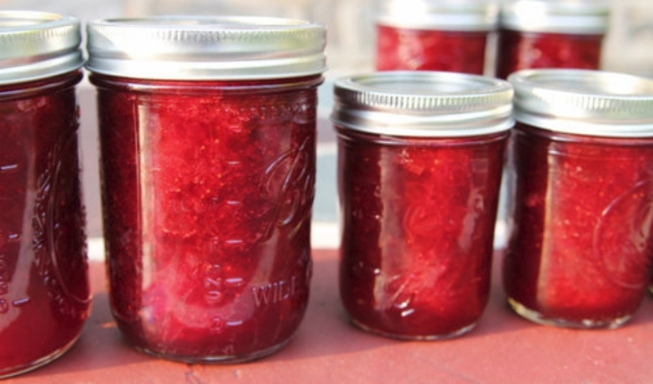 Stef Rhubarb Jam