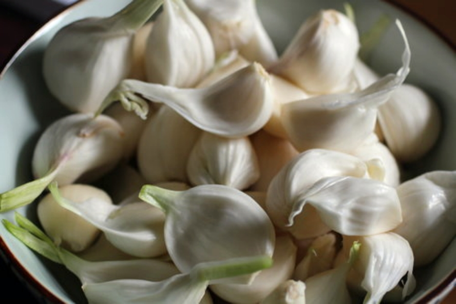 40 Cloves Garlic